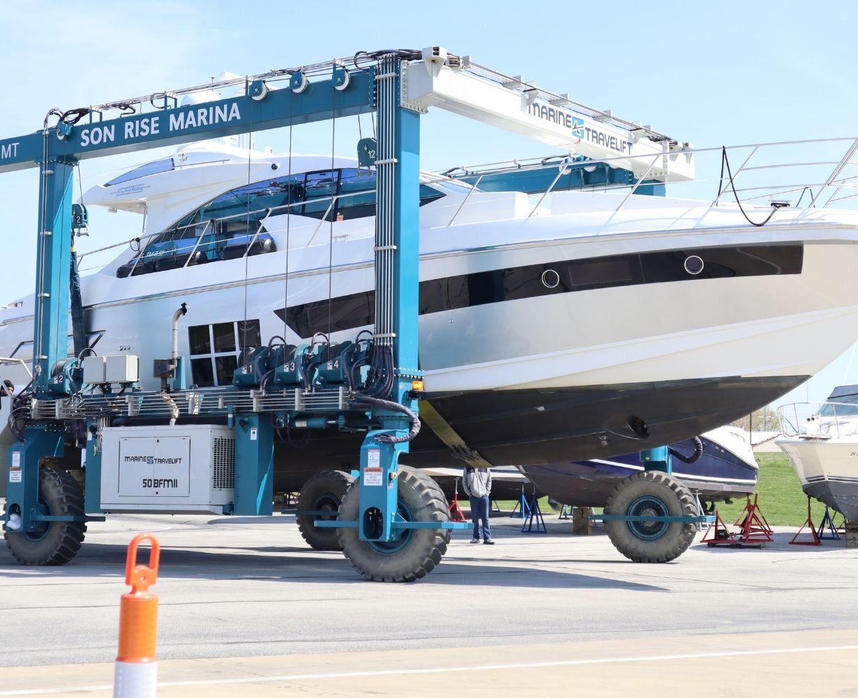 son-rise-marina-sandusky-ohio-gallery-boat-3