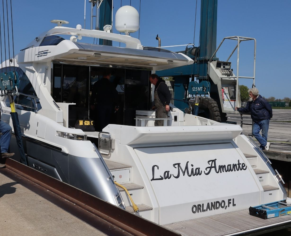 son-rise-marina-sandusky-ohio-gallery-boat-5