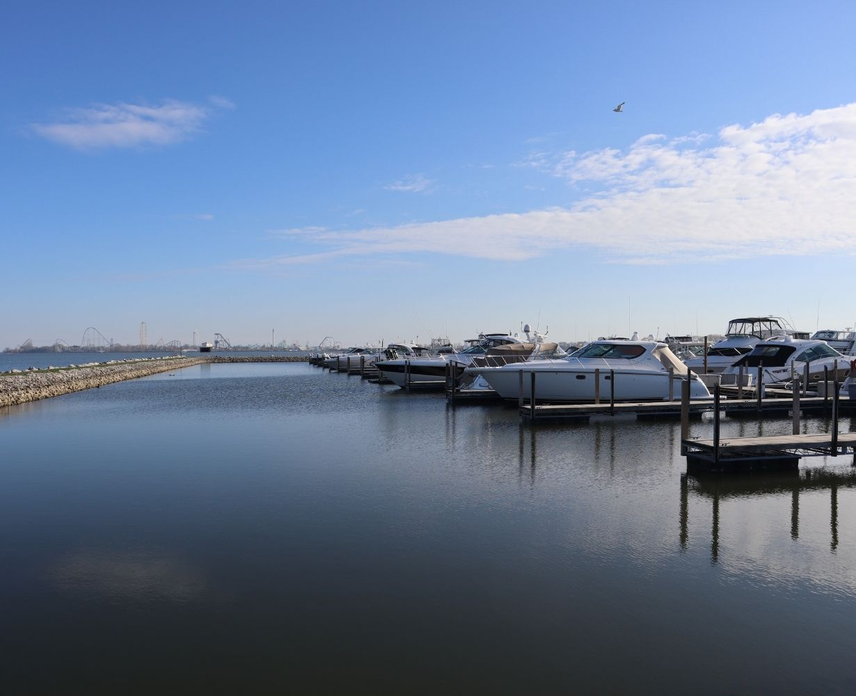 son-rise-marina-sandusky-ohio-gallery-docks-4