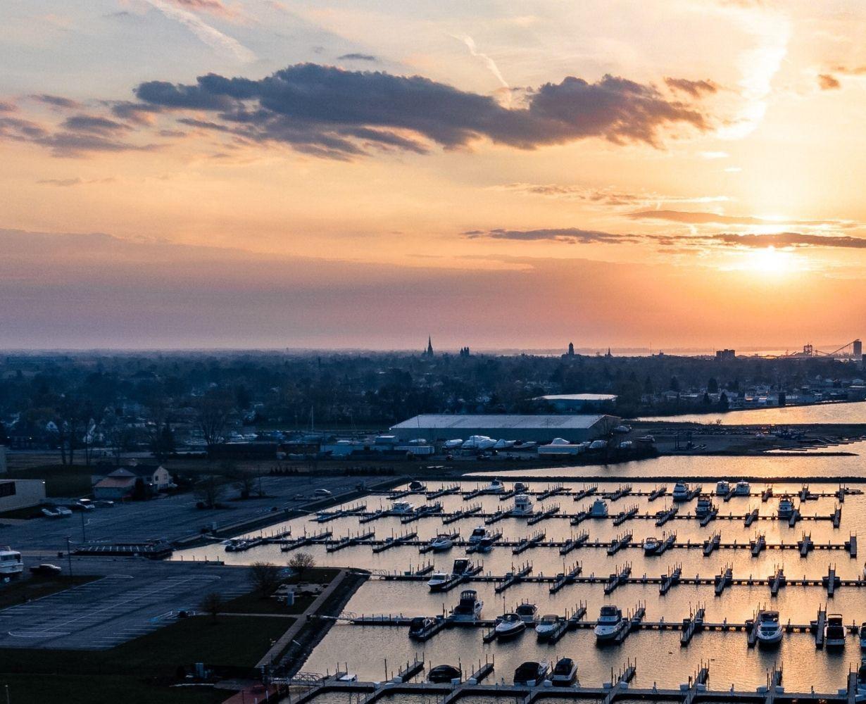 son-rise-marina-sandusky-ohio-gallery-docks