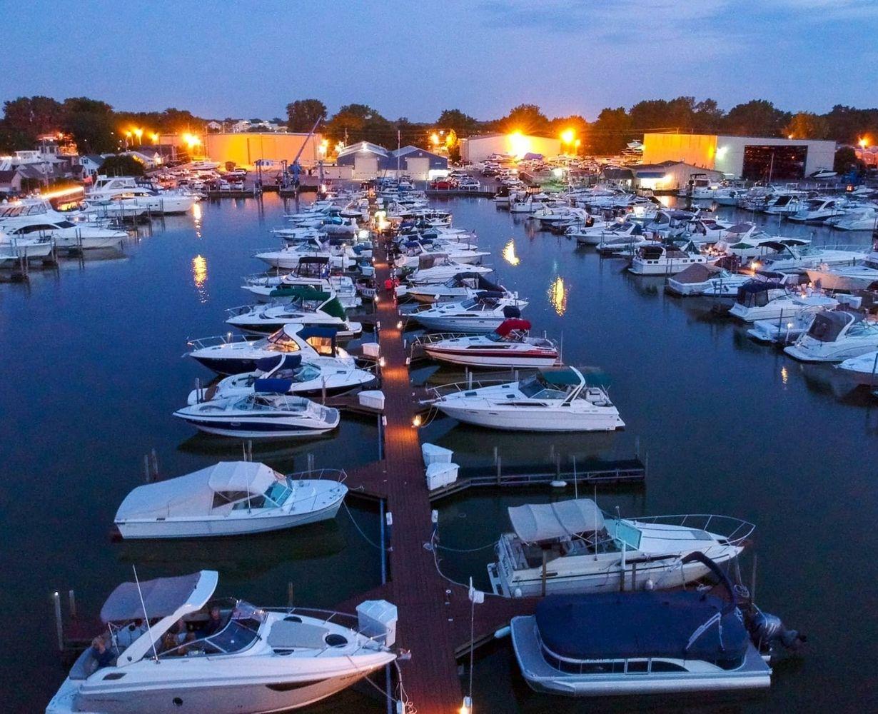 venetian-marina-sandusky-ohio-gallery-docks-8