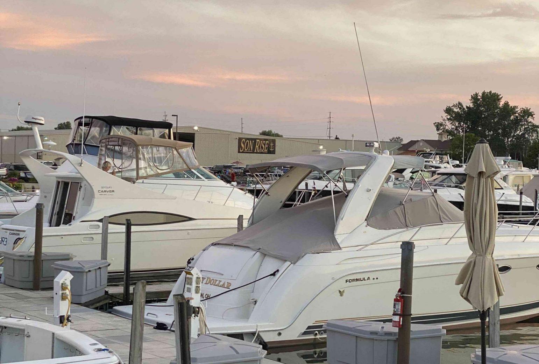 son-rise-marina-hoty-marine-sandusky-ohio-boats